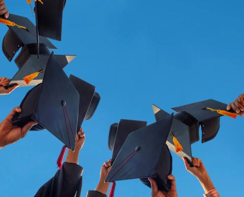 برنامههای مهاجرتی برای فارغ التحصیلان بینالملل
